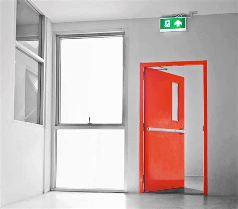 Kunci Pintu Emergency Exit Pintu Besi Darurat 021 88950987 081280873788 0817186878 Pintu Emergency Exit Pintu Exit