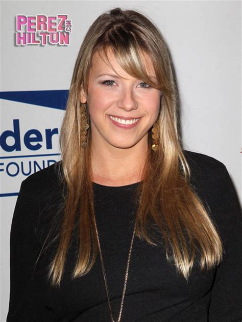 how old is stephanie from full house stephanie tanner news and photos perez hilton