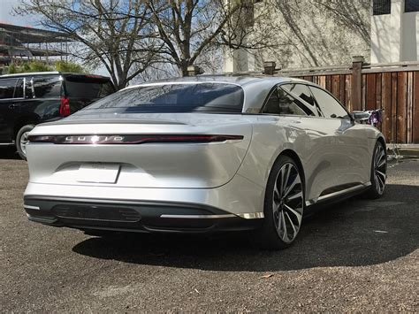Electric Car Company Lucid Lucid Motors Why It S Different From Faraday Future