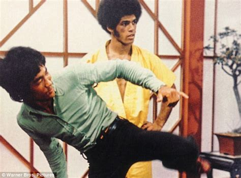 bruce lees enter  dragon  star jim kelly dies aged