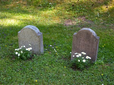 imagenes de tumbas terrorificas mi visita al skogskyrkog 229 rd el cementerio del bosque en