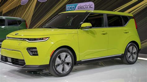2020 Kia Soul by 2020 Kia Soul Revealed With Sporty And Rugged Versions