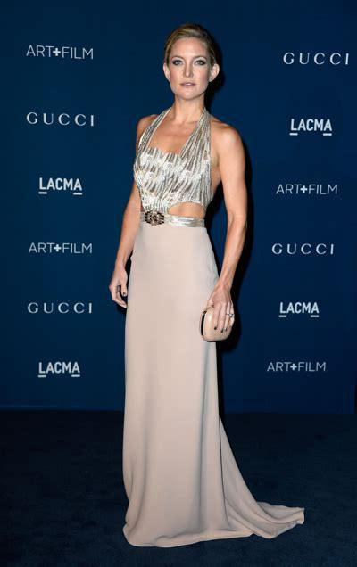 Catwalk To Carpet Drew Barrymore In Gucci by Stun On Lacma Carpet Salma Hayek Drew