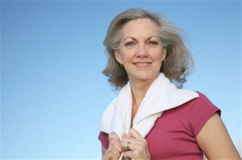 average 56 year old woman hairstyles 50 year old woman hair style and color for woman