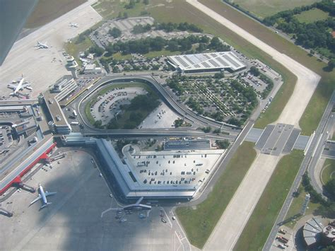berlin airport file berlin tegel from the air jpg
