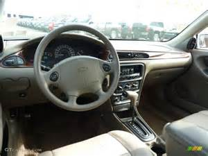 2002 chevy malibu interior