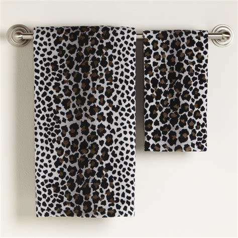 Home design ideas leopard bathroom decor