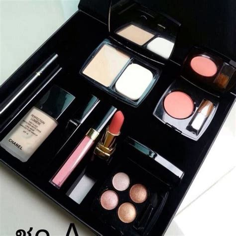 1 Set Chanel Import chanel makeup 4k wallpapers