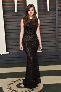 Vanity Fair Oscar 2016 Where Hailee Steinfeld Vanity Fair Oscar 2016 In Beverly