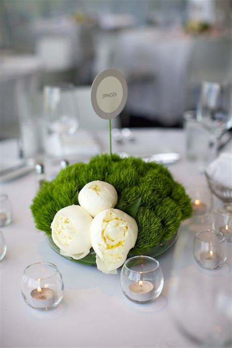 contemporary centerpieces minimalist wedding ideas