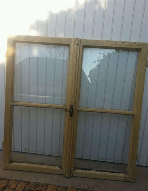 holzfenster deko alte holzfenster deko deko fenster holz fensterbeschl ge