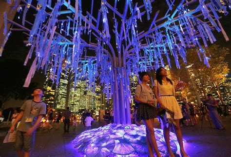 singapore trees of light sustainable art glows bright in singapore nbc news