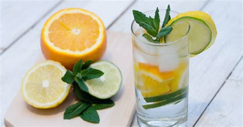 Belly Slimming Detox Water by Belly Slimming Detox Water To Help You Slim Healthloco