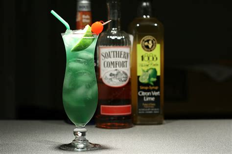 southern comfort hurricane drink cool cocktails