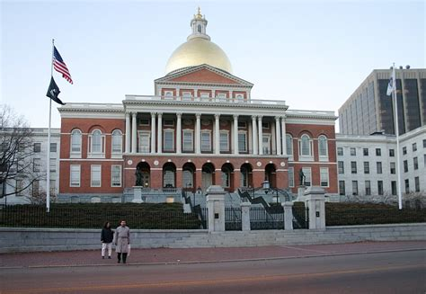 ma me house file massachusetts state house exterior jpg wikipedia