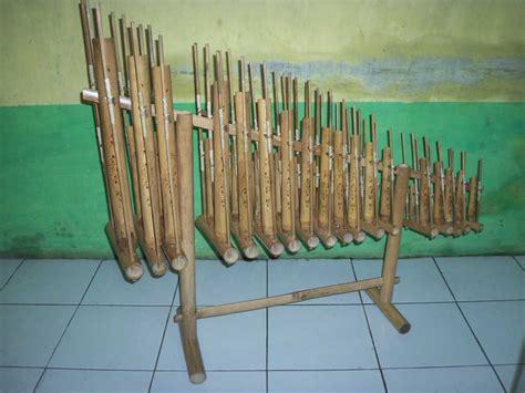 Angklung 3 Tabung Bambu Hitam 18 Nada jual angklung
