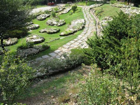 giardino alpinia itinerari accessibili giardino botanico alpinia gignese