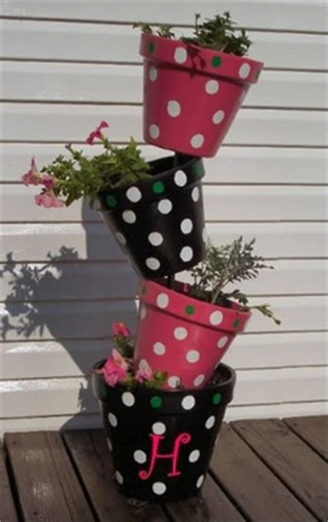 Topsy Turvy Planter Tips by Topsy Turvy Planters Gardening On The Slant The