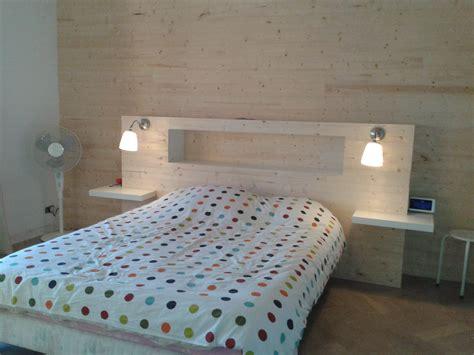 d馗o chambre tete de lit lambris