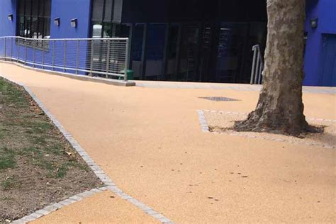 resin bonded driveways patios and pathways resin bound resin bound driveways bonded paths patios soft play