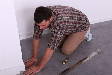 Kratzer Im Pvc Boden Entfernen by Hochwertige Baustoffe Linoleumboden Ausbessern