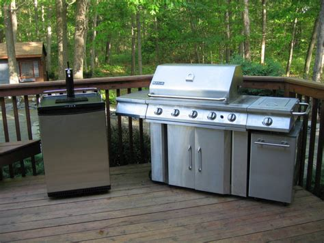 Outdoor Kegerator Home Design By Fuller Outdoor Kitchen With Kegerator