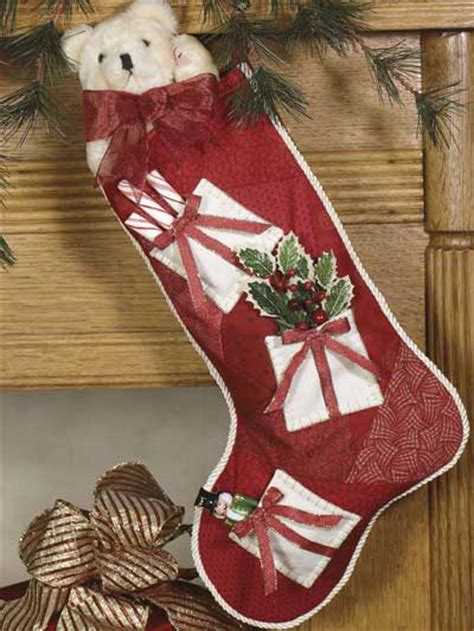 free quilting pattern for christmas stockings christmas keepsake stocking quilting pattern
