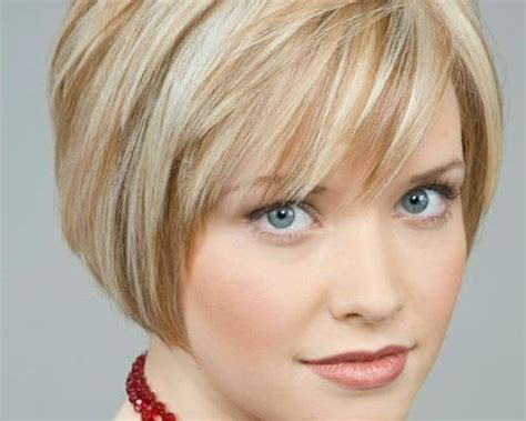 recede hairline hairstyles with bangs 25 ideal hairstyles for women with receding hairlines