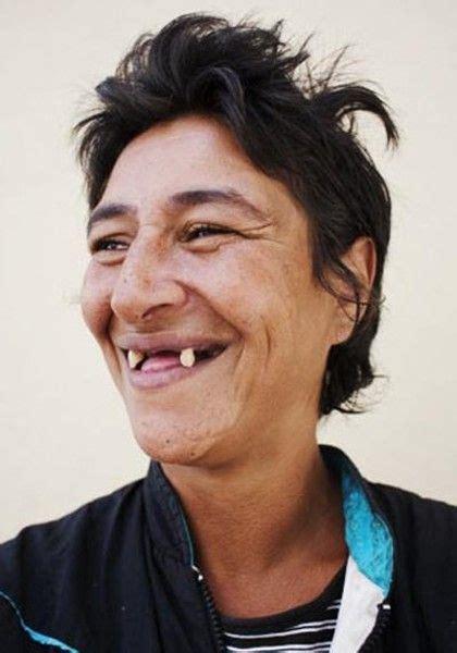 imagenes chistosas sin dientes personajes graciosos toma shopas sin dientes dogguie