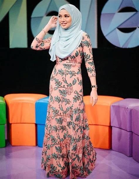 gosip artis malaysia terkini  gambar artis malaysia