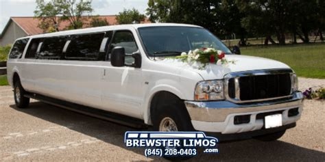 wedding limousine luxury sedan towncar brewster limo services