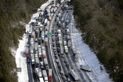 Search Atlanta Atlanta Ga Helicopters Search For Stranded Southern Drivers