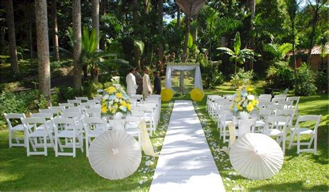 Garden Weddings Ideas Simple And Unique Outdoor Wedding Ideas Club