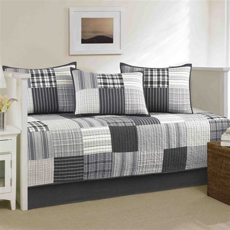 Daybed Nightstand How Outstanding Decorating Concept Daybed Set Ideas