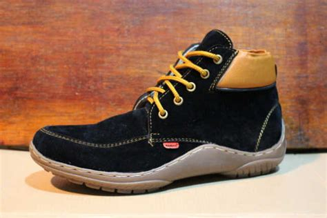 Moofeat Tracking Boots Black sepatu boots 666 embargo store 666