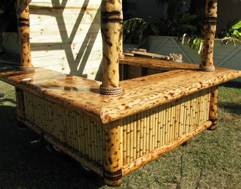 Portable Tiki Hut by Big Kahuna Tiki Huts Built A Portable Tiki Hut For A
