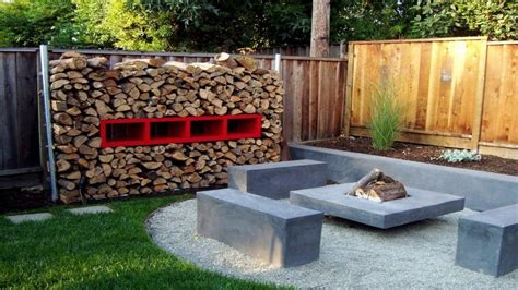 Modern Bench Small Backyard Landscaping Fire Pit Ideas Backyard Pit Ideas Landscaping