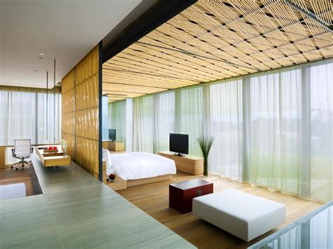 top 10 favorite blogger home tours tour the world s most luxurious bedrooms hgtv