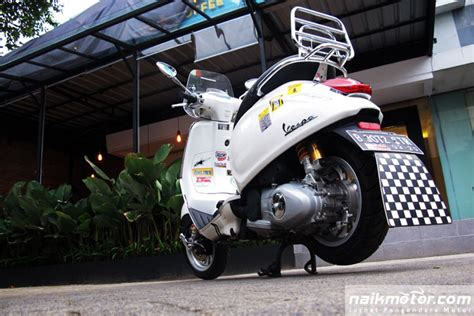 Modifikasi Vespa Didenda 24 Juta by Vespa Sprint Ohlins Guntur 1 Naik Motor Jurnal