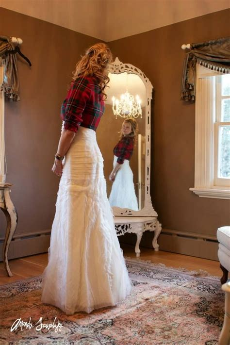 Best 25  Plaid wedding dress ideas on Pinterest   Flannel