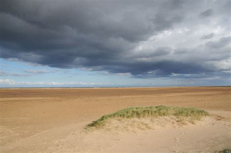 Open Plan House Saltfleetby Theddlethorpe Dunes Sand Beach Film And