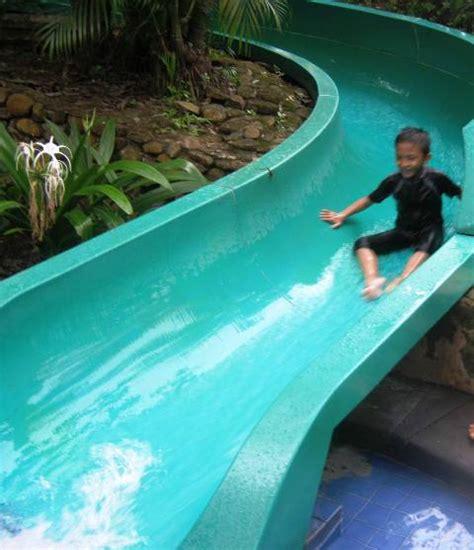 Tenda Anak Cikarang nikmatnya berenang di waterboom lippo cikarang catatan