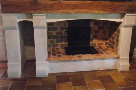 a la vieille cheminee chemin 233 e ouverte avec r 233 cup 233 rateur foyer berman feu