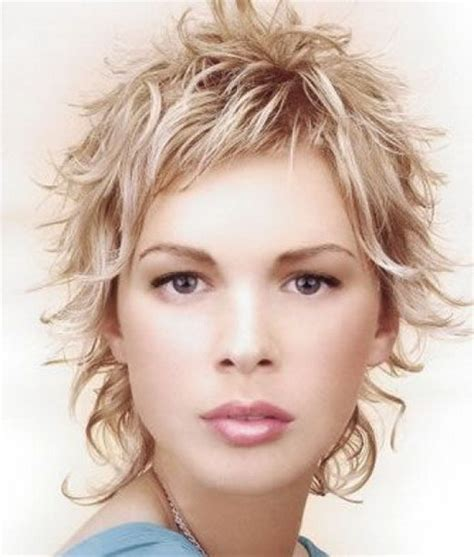 curly hairstyles images easy short curly hairstyles