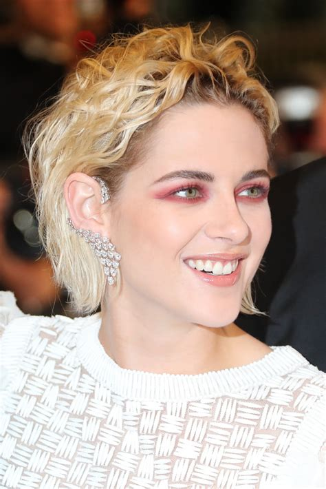 two ear hairstyle kristen stewart ear cuff kristen stewart jewelry looks