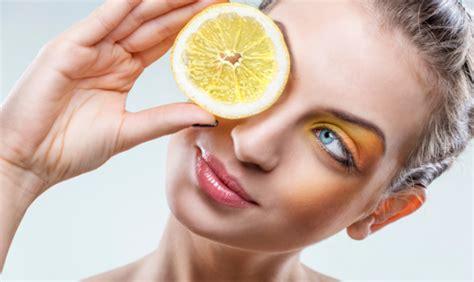 Bicarbonato E Limone Per Pulire by Come Pulire Il Forno Con Limone E Bicarbonato Www Stile It