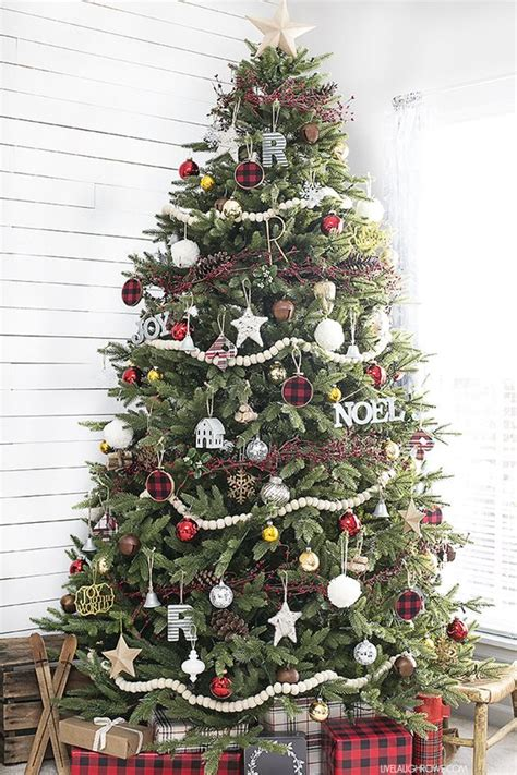 how to put garland on a tree 30 beautiful tree garland decoration ideas celebration all about