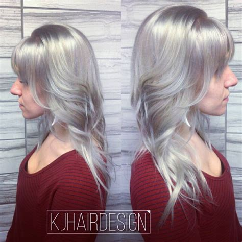 silver blonde haircolor hair in the silver gray hair category