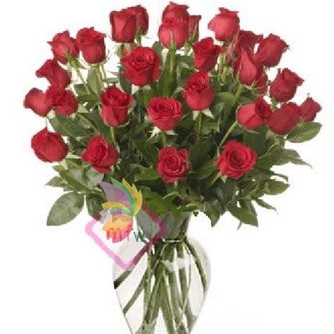rosse fiori foto trentasei rosse spediamo fiori dolci e regali a