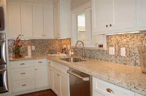 glass wall tile kitchen backsplash fres hoom 42 best tile backsplash images on pinterest for the home